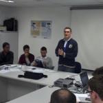 Jean Carlo Hening apresentando suas propostas.